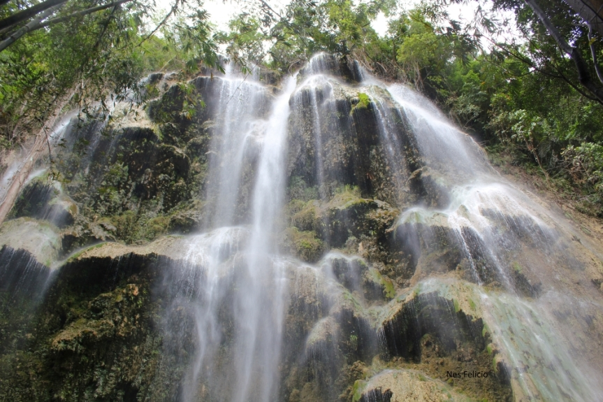 tumalog-oslob-waterfalls